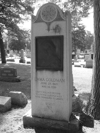 800px-Emma_Goldman_Grave